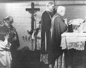 Abp. Thuc offering Pontifical High Mass in Munich, 1982, a few months after the consecrations